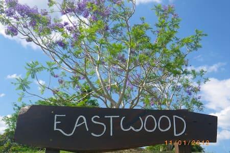 Eastwood Farm B& B - Gympie