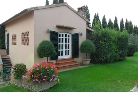 Charming Country Cottage - Bagno a Ripoli - House