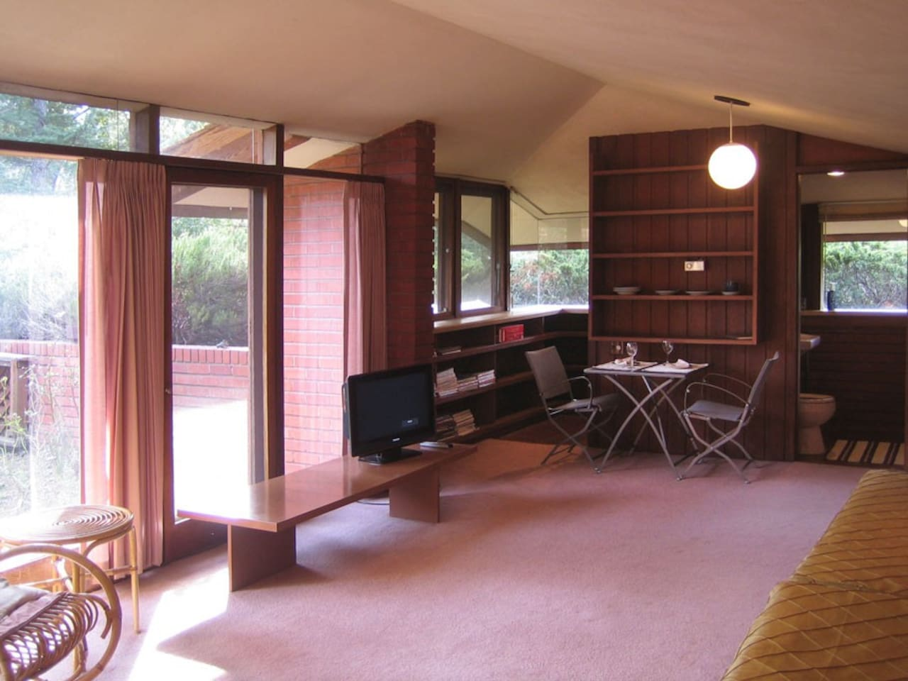 frank lloyd wright style guesthouse houses for rent in los altos