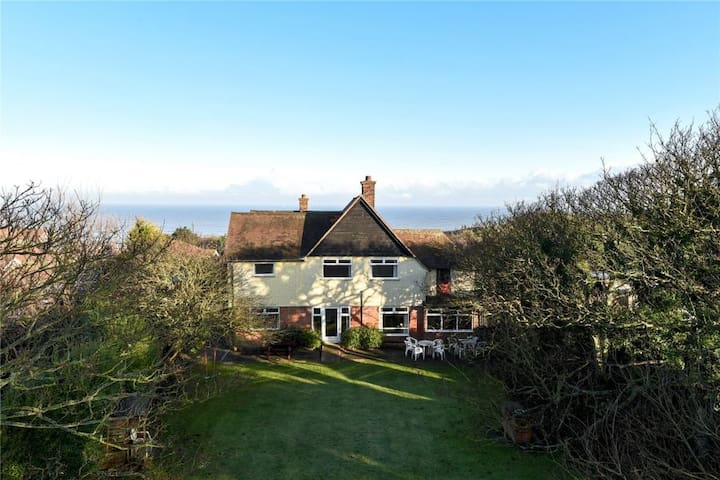 Large house with sea views, in village, sleeps 16