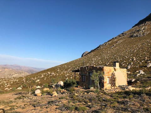 High Mountain Stone Cottage in the Cederberg