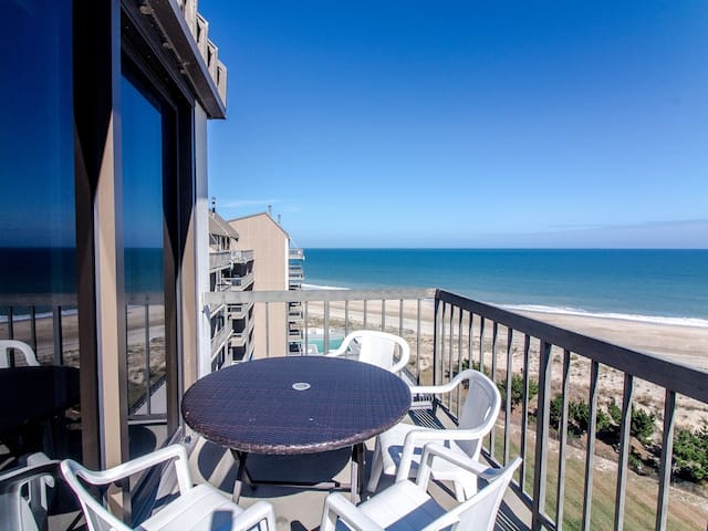 D909: 1BR Sea Colony oceanfront penthouse | Private beach, pools, tennis ...