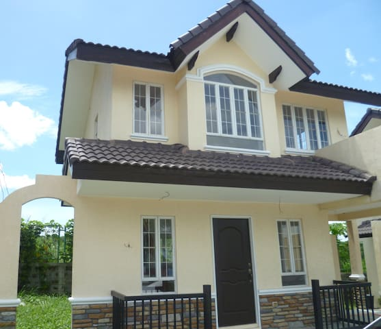 Beautiful home to rent in Cavite! - Carmona - Rumah