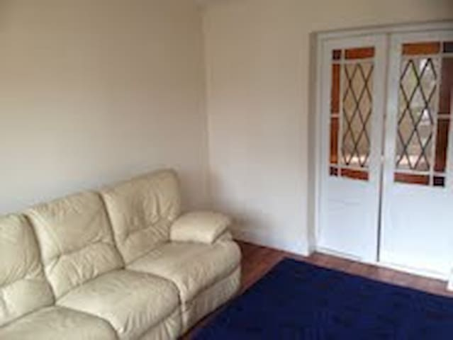 1 bedroom self contained annex - Grays - Dom