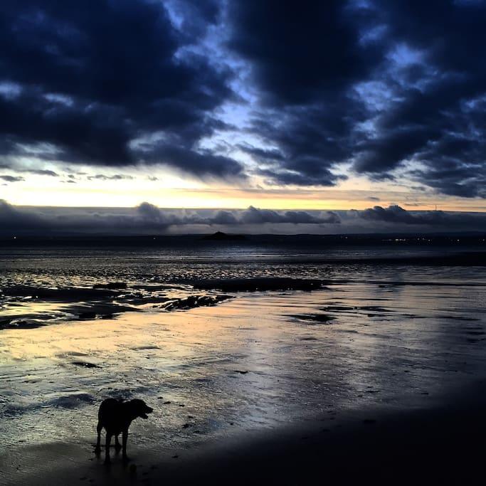 Sunrise in Kinghorn Bay