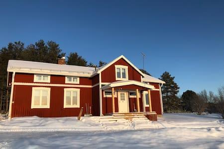Norrbottensgård med många sovplatser