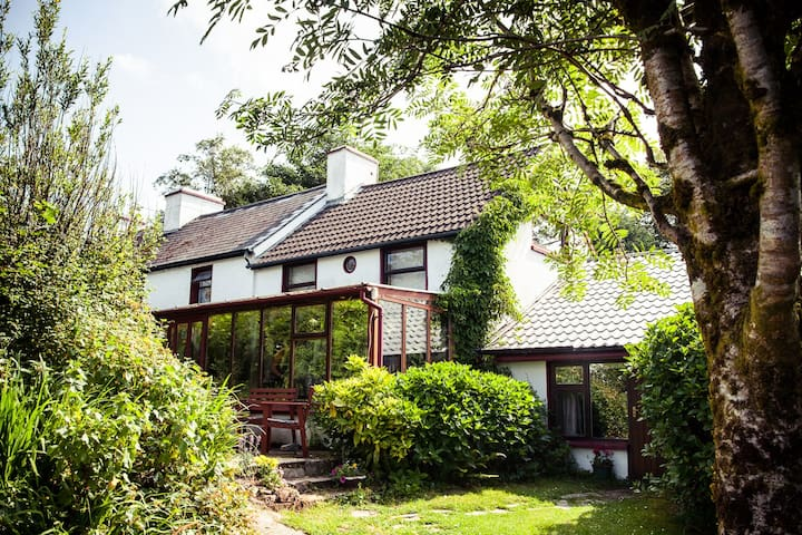 Hagal Farm Rural Retreat 7 bed room - Bantry - Haus