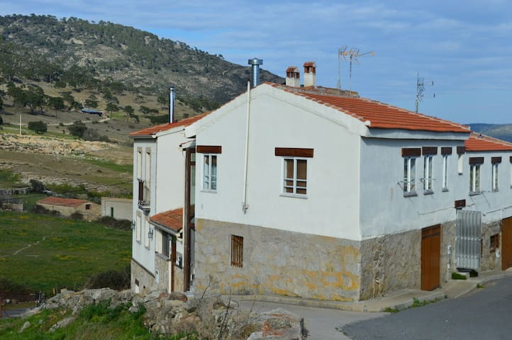 Casa rural para 4 en El Barraco - El Barraco - Σπίτι