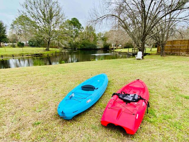 Waterfront Escape, 4 Mi to DT, 8 to Folly,+ Kayaks