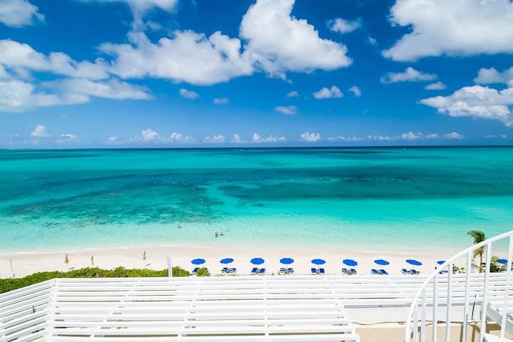 Windsong Resort - Three Bedroom Penthouse Oceanfront