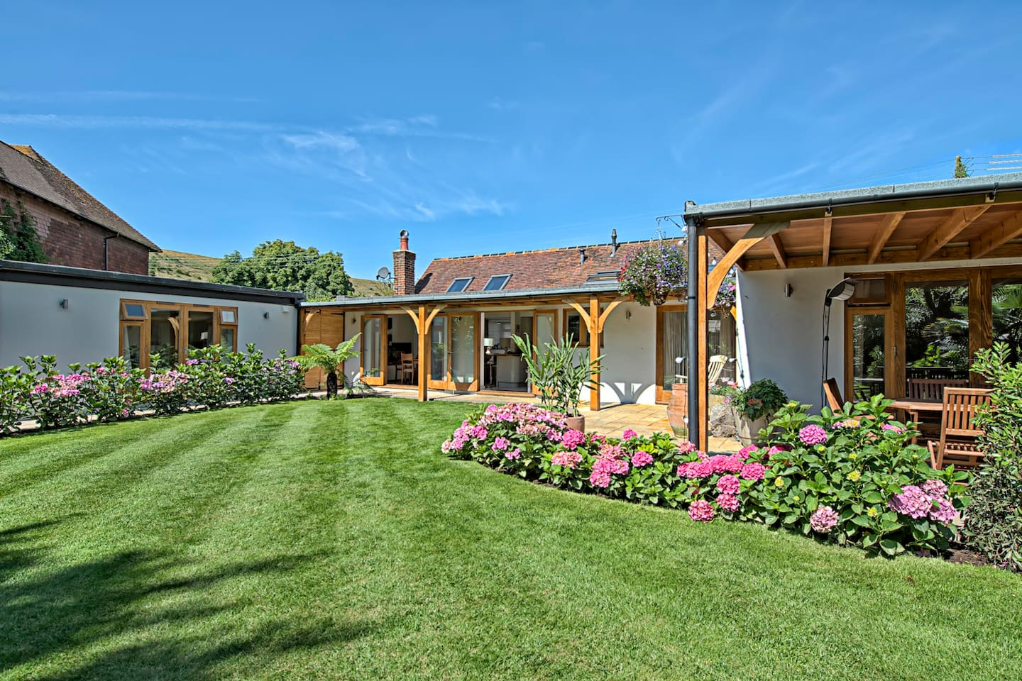 The Garden Room (detached) - Guesthouses for Rent in Brighton ...