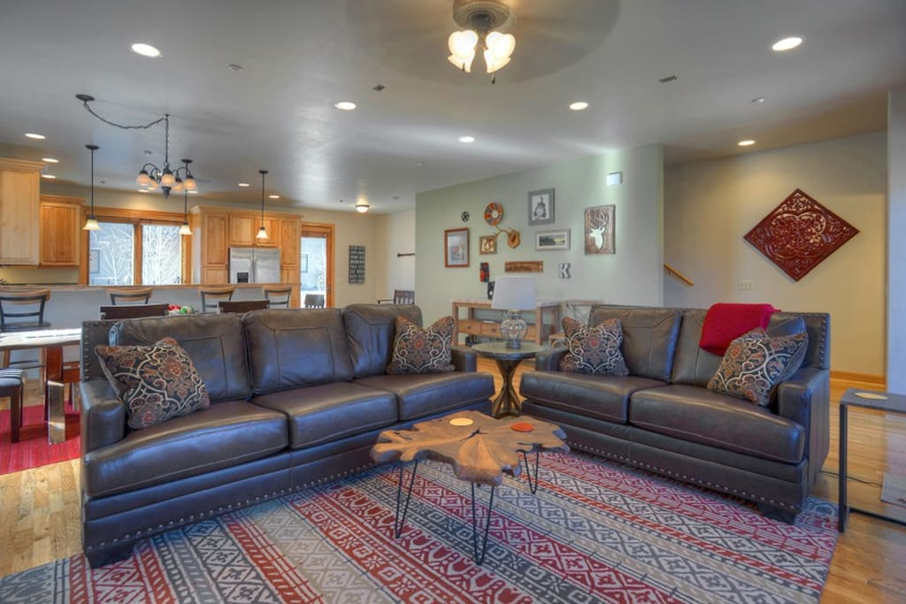 Living room in Durango Colorado vacation rental townhome between downtown and Purgatory Resort