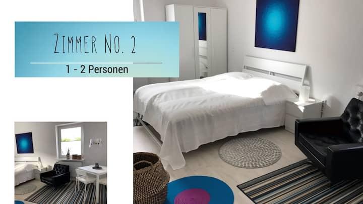 Zimmer No. 2, Schlafen im Haus d.Nähcafe