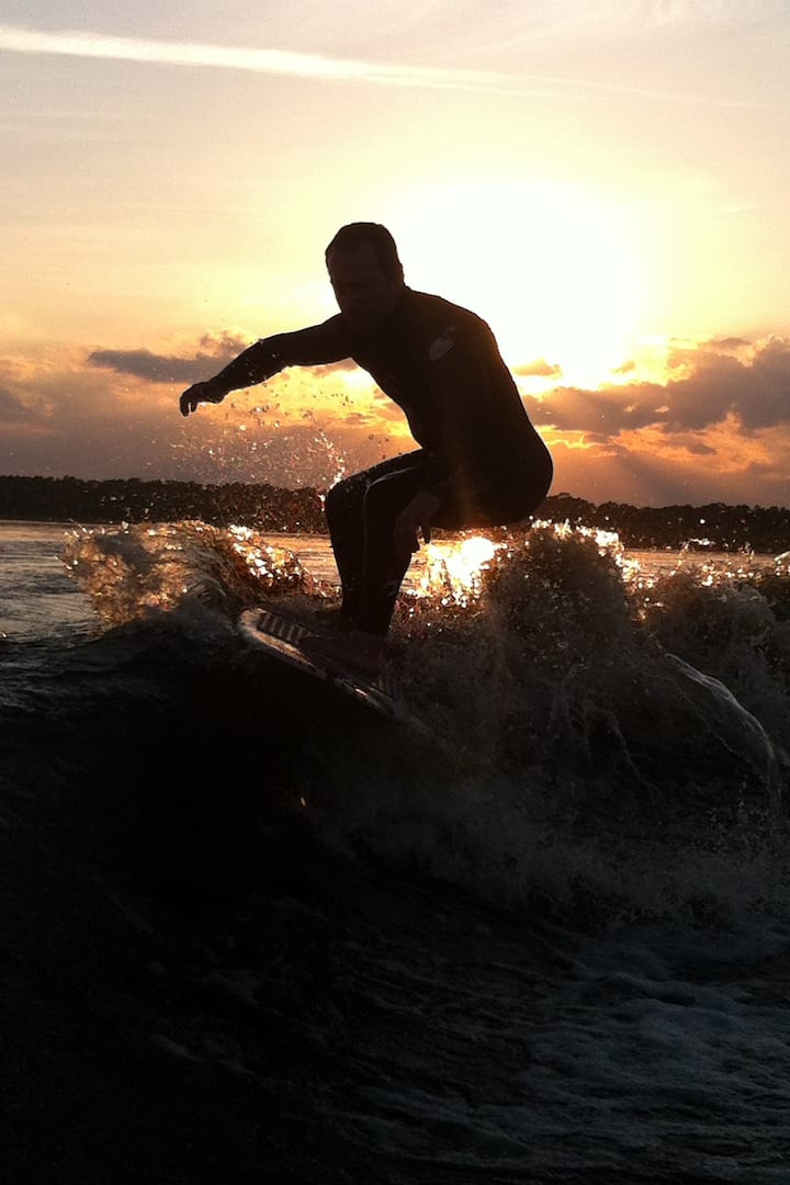 Sunset Wake Surf Sesh