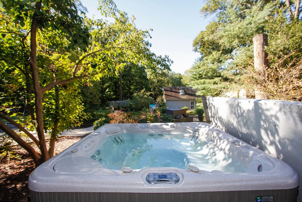 Hot Tub -- open year round.