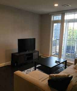 2 bedroom apt downtown Waltham #406 - 沃爾瑟姆(Waltham) - 公寓