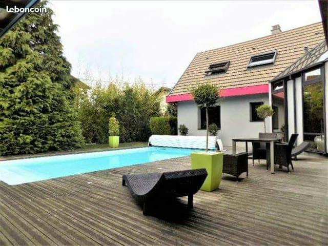 Suite privé dans Superbe villa d'architecte