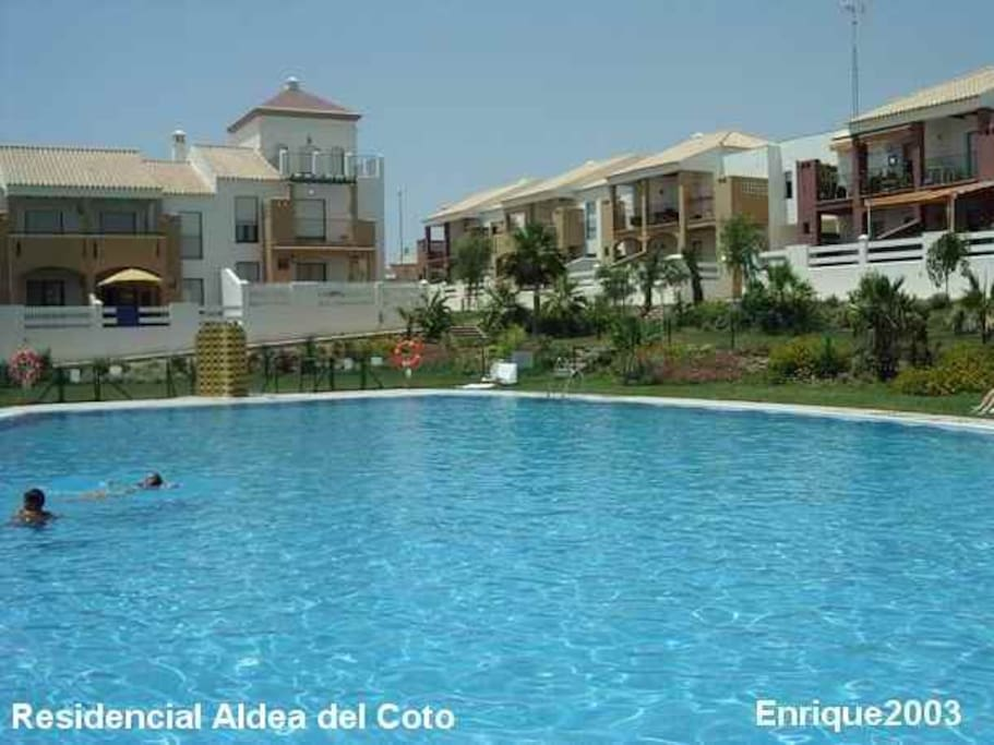 Acogedor apartamento con jard n apartamentos en alquiler en chiclana de la frontera andaluc a - Apartamentos chiclana ...