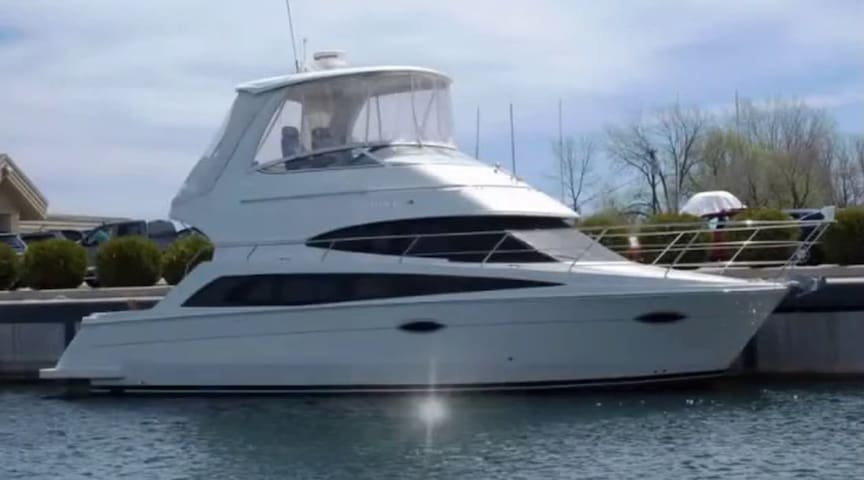 Beautiful 38' Carver Sport Yacht in Newport Marina - Newport Beach - Boat