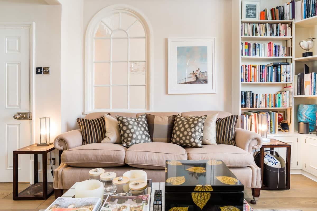 Designer Loft Suite in Picturesque Kingston upon Thames.