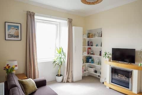 Comfortable Central West End Suite