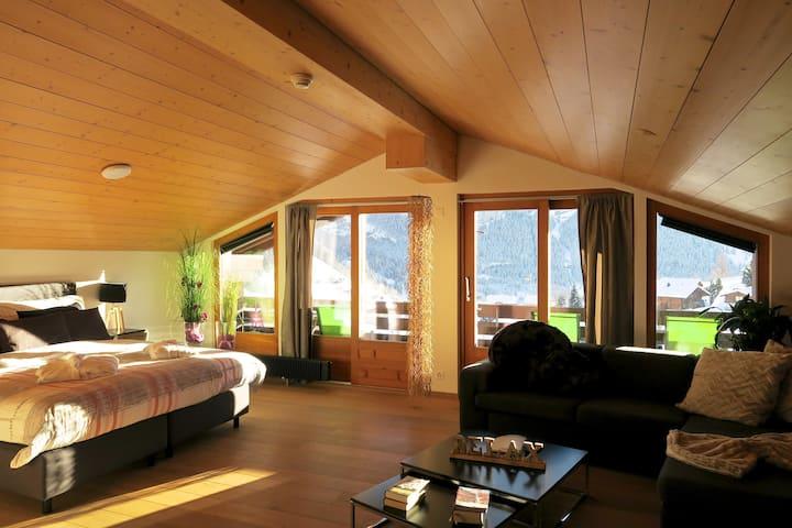 Eigerview-Loft mit Balkon und Eigernordwand-Blick