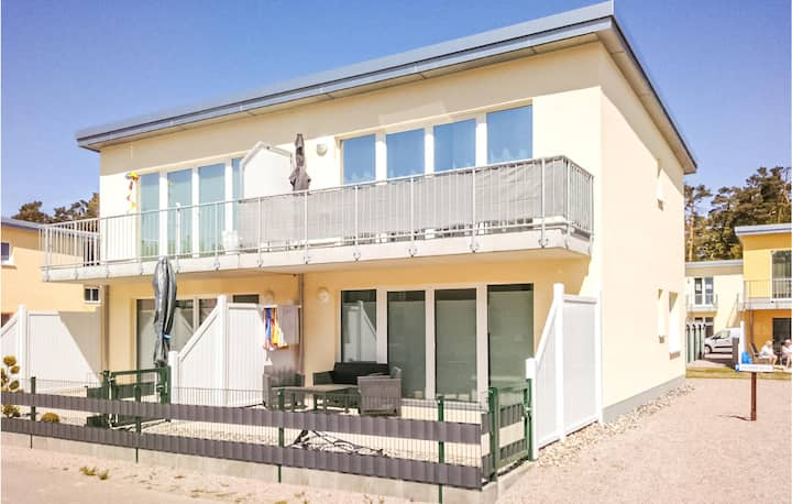 Stunning apartment in Graal-Müritz with 1 Bedrooms