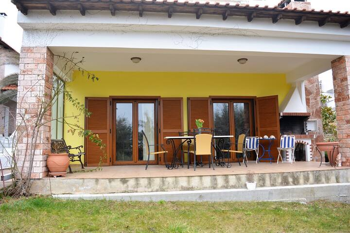 Villa Olia View with lovely sea views yard and BBQ - Kriopigi - House