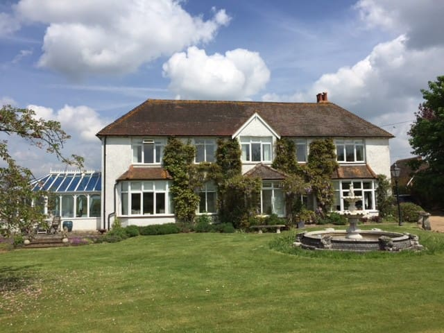B&B in rural West Sussex - Pulborough - Wikt i opierunek