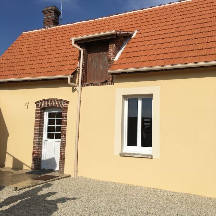 Petite maison indépendante sur propriété privée