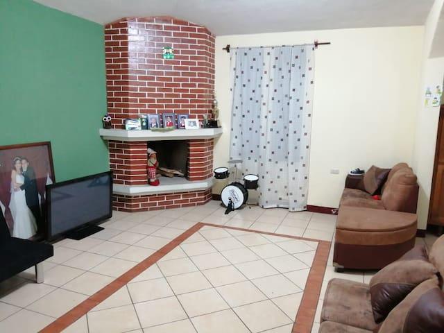 Habitación confortable y con excelente ubicación