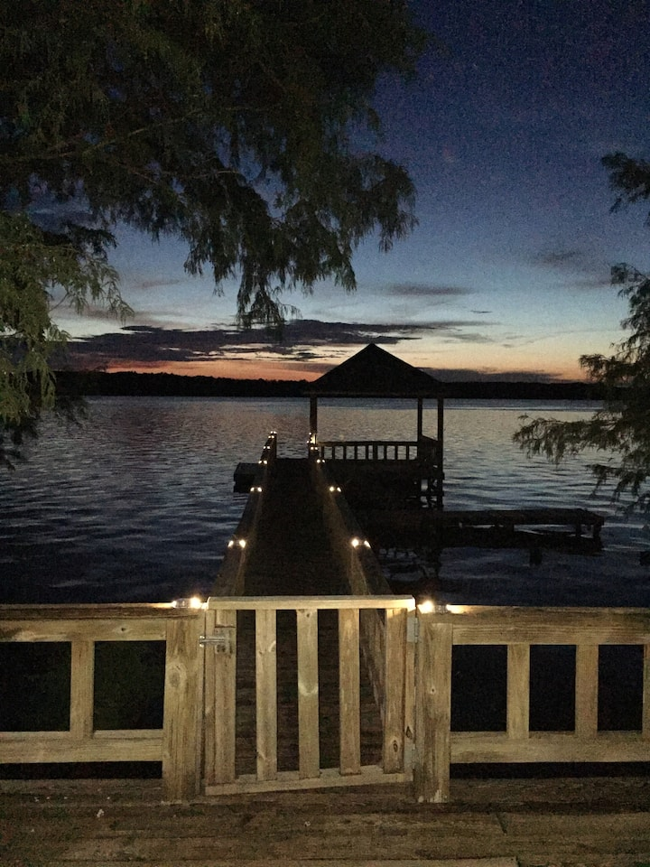 Perfect Lake House Getaway!!!