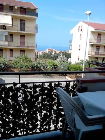 Colli Apartman per 10 - Holiday in Sicily low cost