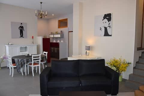 Appartement 80m2 centre Bergues jusqu'à 6 pers