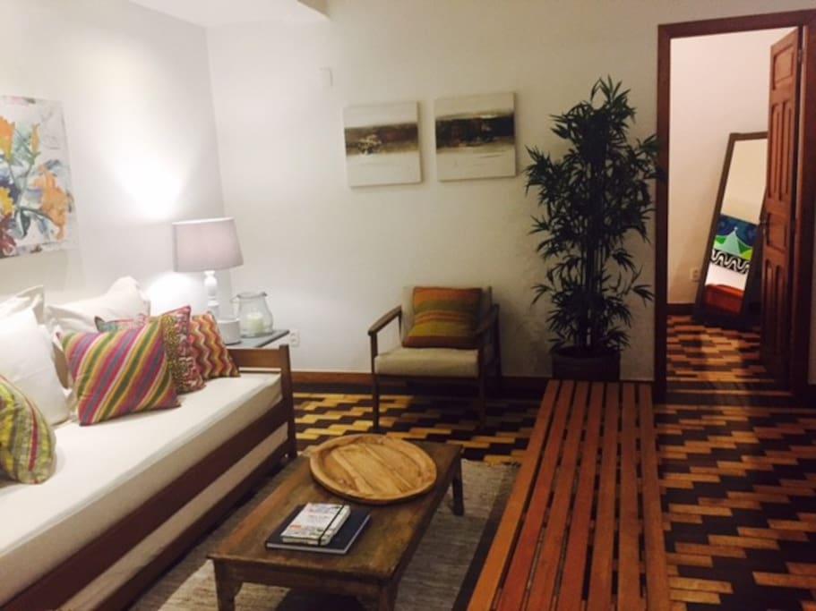 Sala de estar - acesso ao quarto