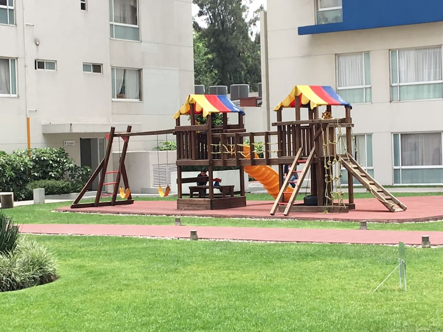 Play Ground Private