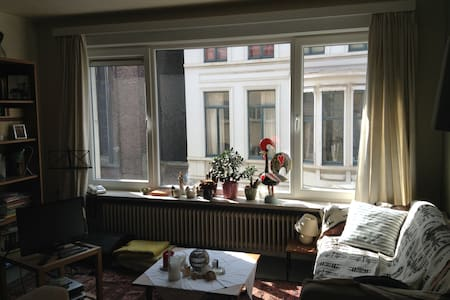 2 bedroom appartment central Gent