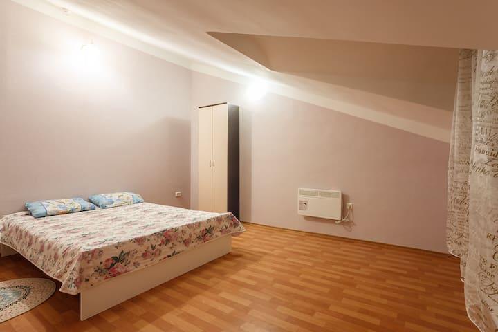 Двухкомнатные апартаменты VlStay с мансардой - Chabarovsk - Byt