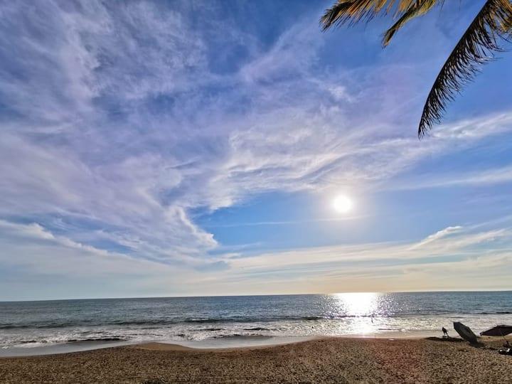 Grand Bahía los Cocos Hotel family beach