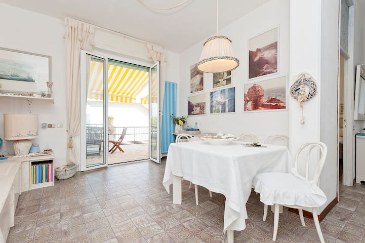 Amazing Apartment in Portovenere