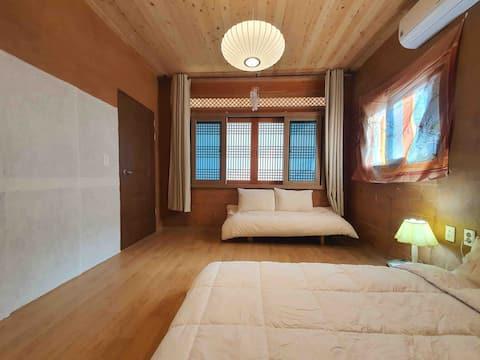 Alojamiento privado Hanok Gamseong Dirt Inn Estancia
