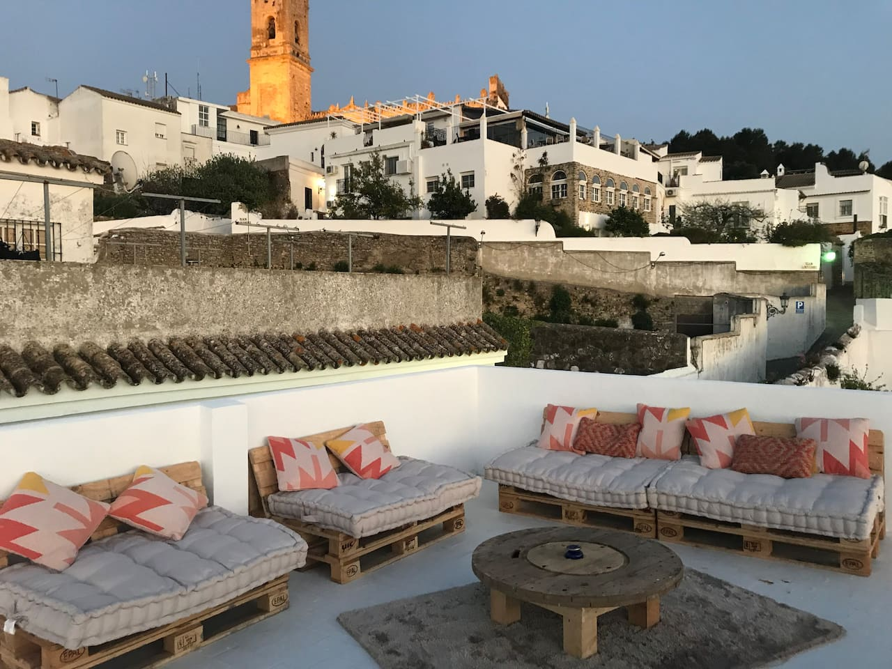 Terraza desde donde se vee el Mar y Africa Roof terrace from wich you can see sunset and Africa
