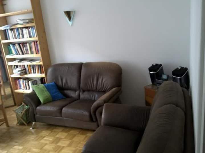 Ruhige 3-Zimmer Wohnung, Balkon, elbnah, gute Lage