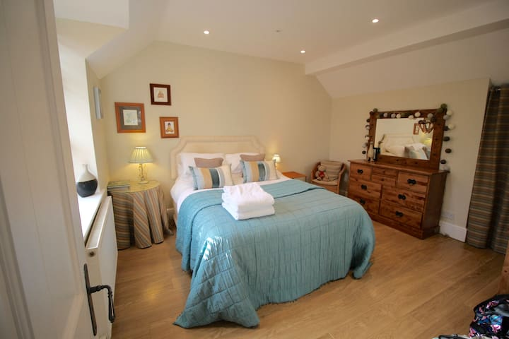The Garden Room - Coach House Bed & Breakfast
