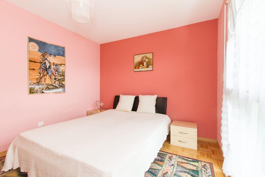 037 chambre villeneuve appartements louer for Chambre a louer suisse