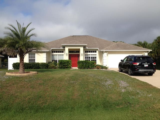 2160 sq ft 4 bedroom home with large heated pool