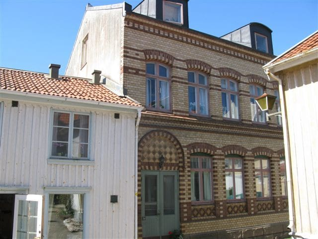 Genuine Old Town Lysekil - Lysekil - Apartment