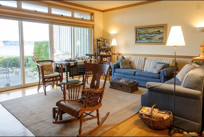 Semiahmoo beach front condo - Blaine - Appartement