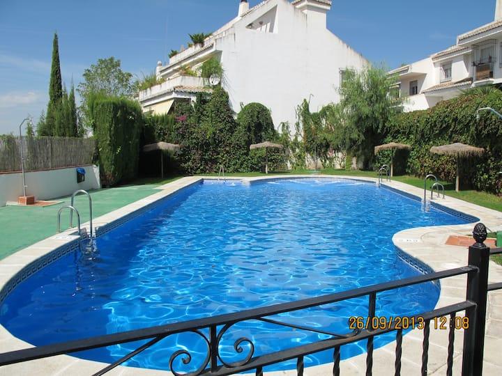 Luxury lodging live in landlor Granada