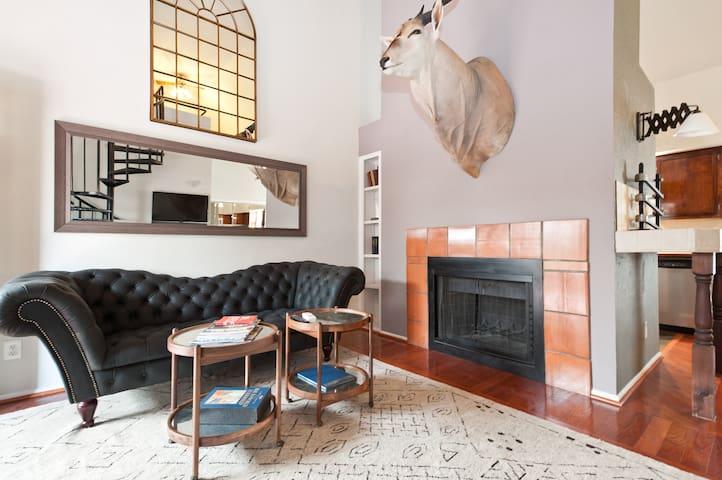The Argyle SXSW Suite/Loft on 4th Street